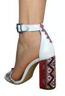 sandale-albe-din-piele-naturala-cu-motive-traditionale-sn05-a-5-xl